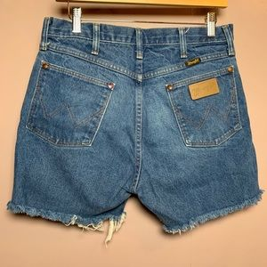 VINTAGE WRANGLE CUT OFF DENIM JEAN SHORT HIGH RISE